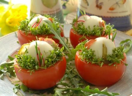 pomidorai su zaluma