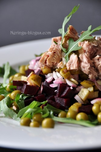 burokeliu - tuno salotos