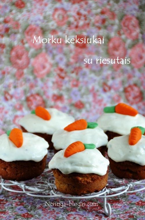 morku keksiukai su riesutais