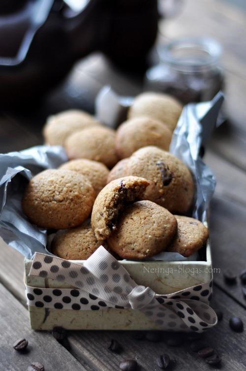 kapucino sausainiai