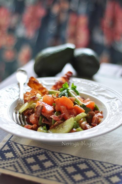 sonines, avokado salotos