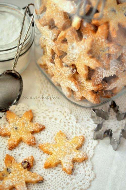 trapios teslos sausainiai su spanguolem