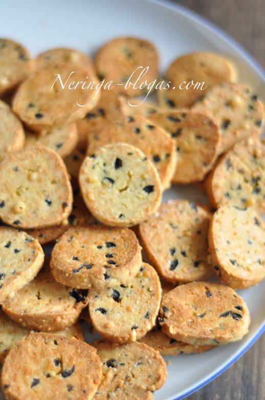 surio sausainiai su alyvuogem