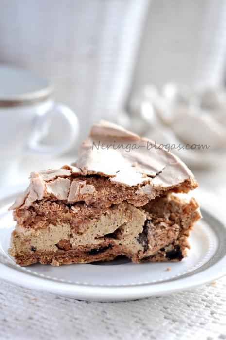 morenginis tortas su kavos kremu