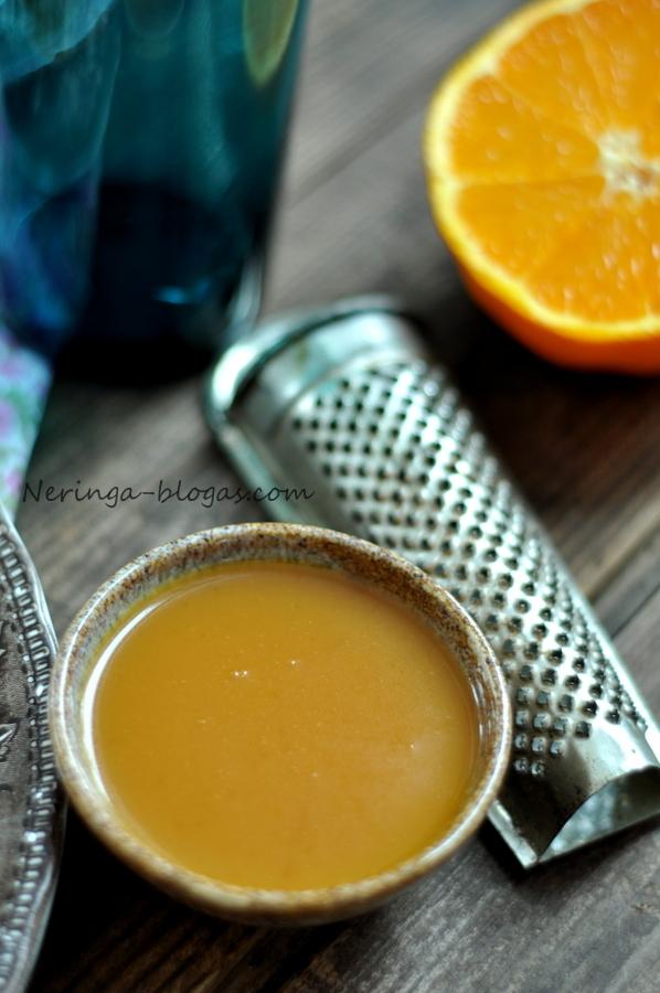 lasisa su apelsinu padazu