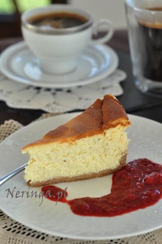 varskes pyragas su baltu sokoladu